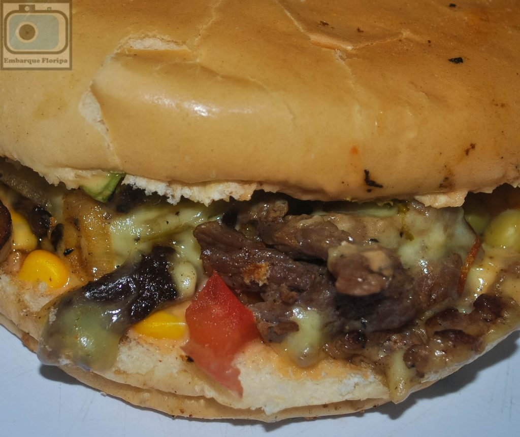 Lanches em Floripa lancheria Food House Comidas de Rua Praia dos Ingleses burguer burger florianópolis florianopolis