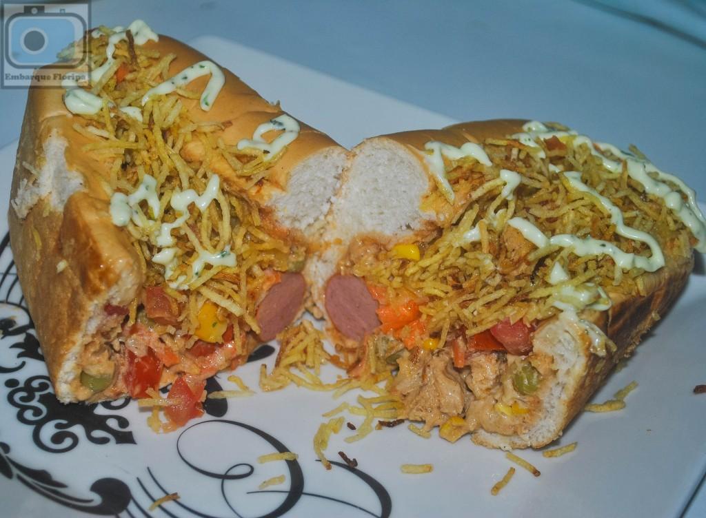 Restaurante em Floripa lancheria lanches Food House Comidas de Rua Praia dos Ingleses porção de carne bacon frango coração